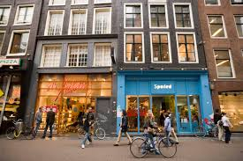 the best inexpensive gifts to buy in amsterdam