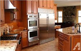 Kitchen Cabinets Peoria Il Honey Maple Kitchen Cabinets For Sale In Peoria Illinois