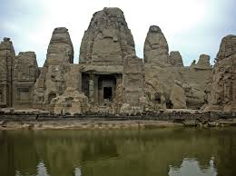 top 10 most amazing ancient rock cut structures in india wondermondo