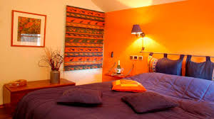 decorating ideas for bedrooms bedroom decorating ideas yellow walls orange color decor gallery