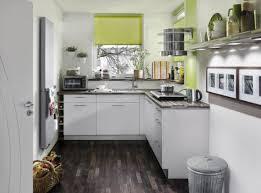 kleine küche einrichten tipps kleine küchen geschickt einrichten küche kleine küche