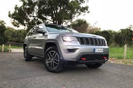 jeep grand cherokee trailhawk off road jeep grand cherokee 2018 review trailhawk carsguide