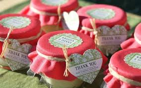 best wedding favors on a budget here are 5 diy wedding favors we one of
