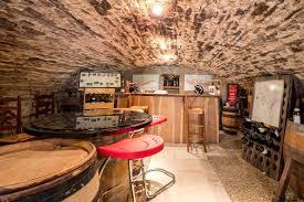 eclairage de cave cave à vin pinterest cave wine cellars