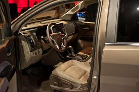 Gmc Sierra 2015 Interior 2015 Gmc Canyon First Look Truck Trend