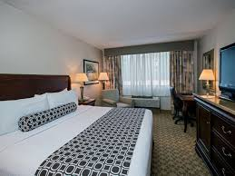 crowne plaza philadelphia king of prussia king of prussia ihg crowneplaza components photogallery roomphotos primary