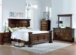 Hollywood Bedroom Set by Traditional King Panel Bed With Dentil Molding By Standard