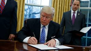 Trump In The Oval Office Trump To Sign Executive Orders On Environment Energy This Week