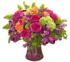 Putting Roses In A Vase Flowers In A Vase Gif Animated Gifs Flowers Flower Vase With