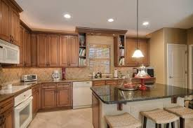 Mills Pride Champagne Oak Kitchen Cabinets Kitchen - Mills pride kitchen cabinets