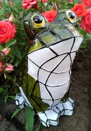 solar frog light frog solar light with stained glass effect outdoor pond and garden