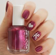 the lace is on essie u0027s perfect valentines nails color nail