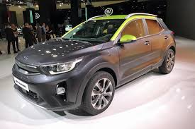 crossover cars 2017 stonic boom new kia stonic joins the compact crossover club by car