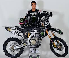 monster energy motocross gear yamaha factory racing yamalube inks a deal with monster energy