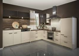 high gloss flooring is very suitable to be applied for the modern