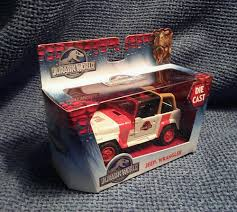jurassic park 1 43 scale die cast jeep wrangler vehicle jada toys