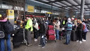 thanksgiving air travel how early you should actually get to the airport on thanksgiving