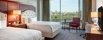hotel de luxe avec dans la chambre lac leamy hôtels à gatineau ottawa
