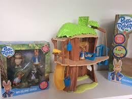 rabbit treehouse rabbit treehouse figure set in southside glasgow gumtree