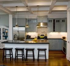 modele cuisine avec ilot bar cuisine gris et bois en 50 modèles variés pour tous les goûts