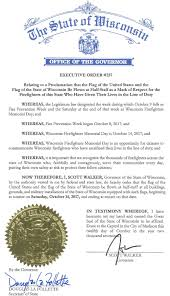 Should Flags Be At Half Mast Gov Walker Orders Flags To Half Staff On Saturday Oct 14