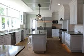 gray kitchen walls with oak cabinets grey kitchen walls with maple cabinets what color go yellow gray and