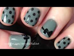 easy short nail designs easy bow tie and polka dot design on