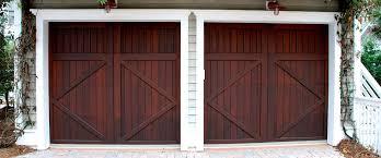 porte basculanti per box auto prezzi porte per garage in legno alluminio e pvc prezzi e misure