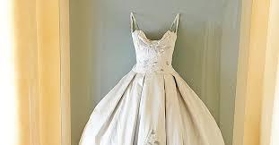 framed wedding dress welcome