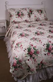 shabby chic white quilt 4933 best shabby chic images on pinterest home ideas shabby