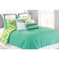 Queen Sized Comforters Nanette Lepore Cottage Fresh Full Queen Size Comforter Set