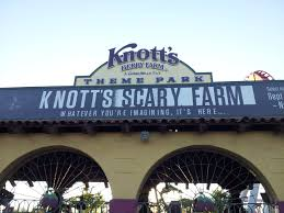 Knotts Berry Farm Halloween Decorations by Knott U0027s Scary Farm 2014 Opening Night And Show Reviews