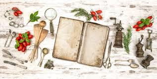 vieux livre de cuisine vieux livre de cuisine avec des légumes des herbes et des
