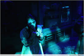 halloween horror nights 19 first look halloween horror nights 4 clowns dead girls