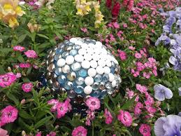 easy diy projects for beautiful garden accents hgtv