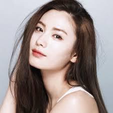 cara membuat wajah menjadi glowing secara alami wajah glowing dan kenyal ala perempuan korea ini 6 rahasia