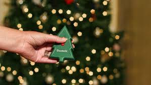 treemote wireless remote makes holiday tree lighting hassle free