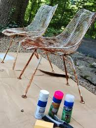 Paint For Outdoor Plastic Furniture by How To Paint Metal Chairs Painting Metal Chairs Painted Metal