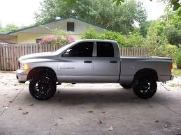 does anyone have pictures of there trucks with kore lifts