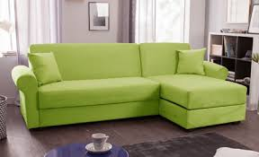 canapé convertible vert vert anis pour ce canapé