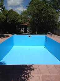 how do i paint a swimming pool my home in portugal