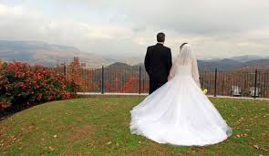 gatlinburg wedding packages for two large cabins for weddings in gatlinburg pigeon forge