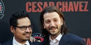diego luna u0027s césar chávez should be required viewing for all