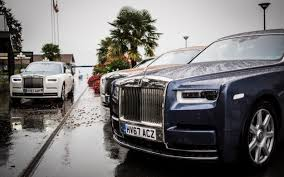 roll royce brown rolls royce phantom viii 2018 in pictures in pictures we drive