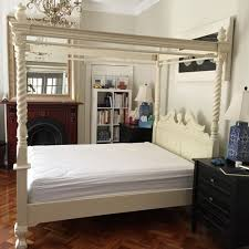 Solid Mahogany Bedroom Furniture by Antique Style Bedroom Furniture Solid Mahogany Wood Chippendale