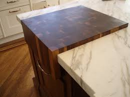 Kitchen Island Worktop by Kitchen Makes A Beautiful Kitchen Island With Walnut Countertop
