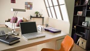 How To Keep Your Desk Organized How To Stay Organized In College Synonym