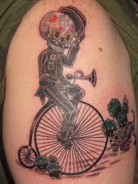 sugar skull bike on shoulder tattooshunt com