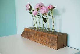 diy test tube flower vase with reclaimed wood base