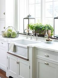 Faucet For Kitchen Sink by Best 25 Window Over Sink Ideas On Pinterest Country Kitchen